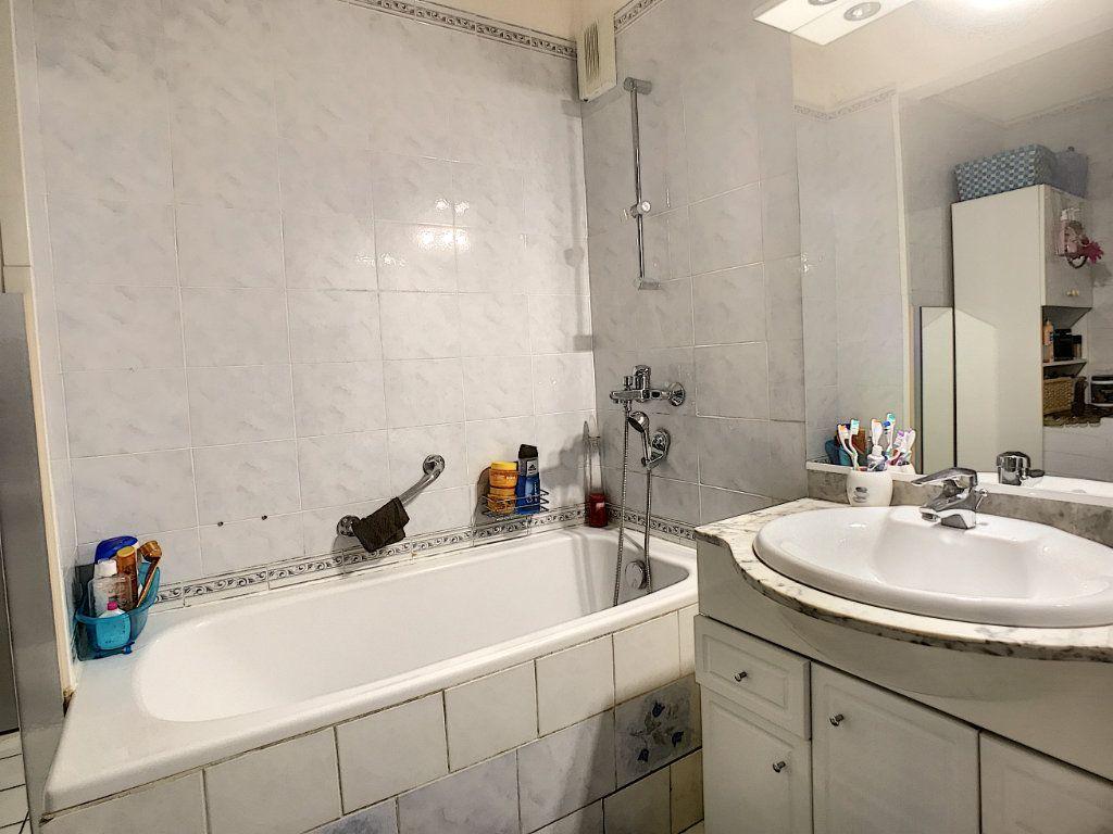Appartement à vendre 3 58m2 à Vallauris vignette-4