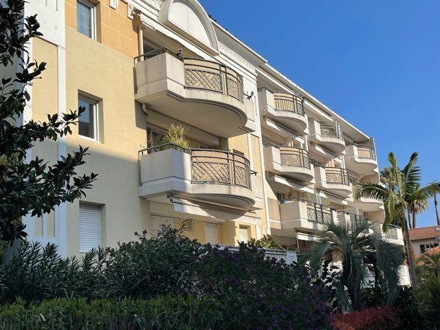 Appartement à vendre 3 60.4m2 à Golfe Juan - Vallauris vignette-1
