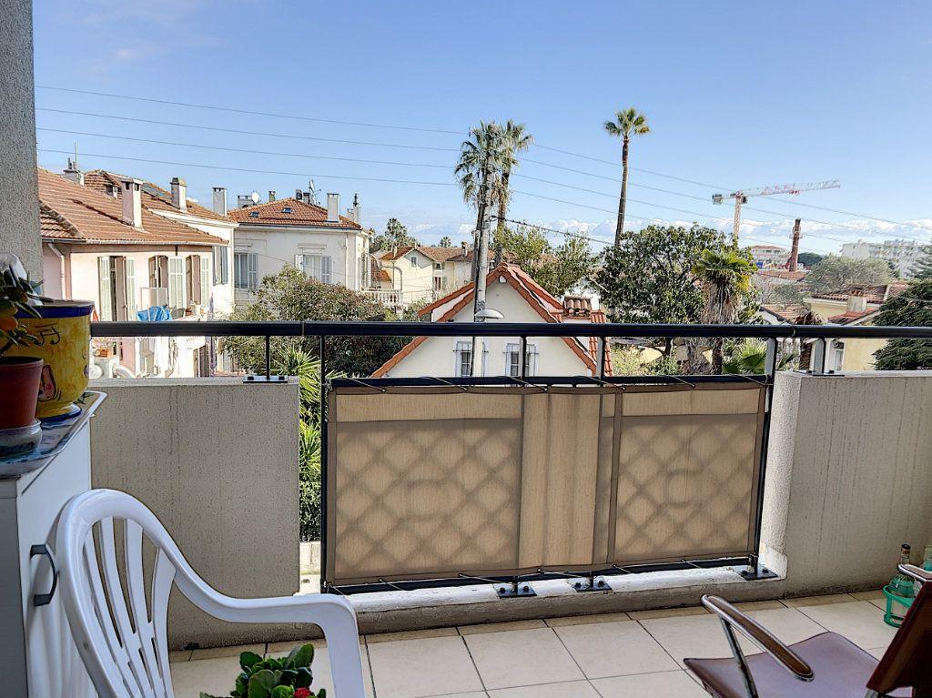 Appartement à vendre 3 60.4m2 à Golfe Juan - Vallauris vignette-4