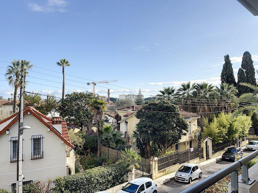 Appartement à vendre 3 60.4m2 à Golfe Juan - Vallauris vignette-5