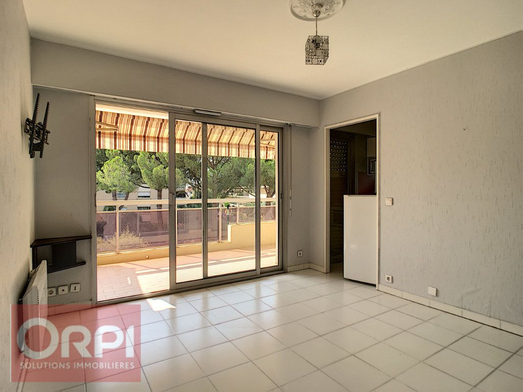 Appartement à vendre 2 30m2 à Golfe Juan - Vallauris vignette-1