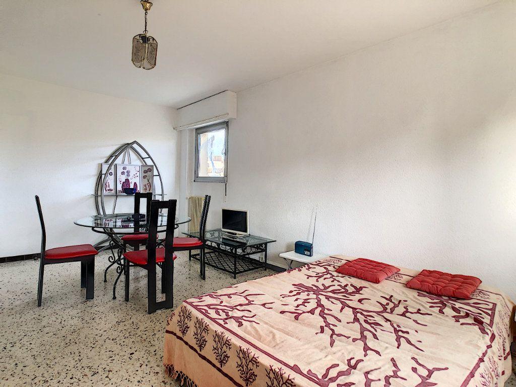 Appartement à louer 1 36.21m2 à Antibes vignette-3