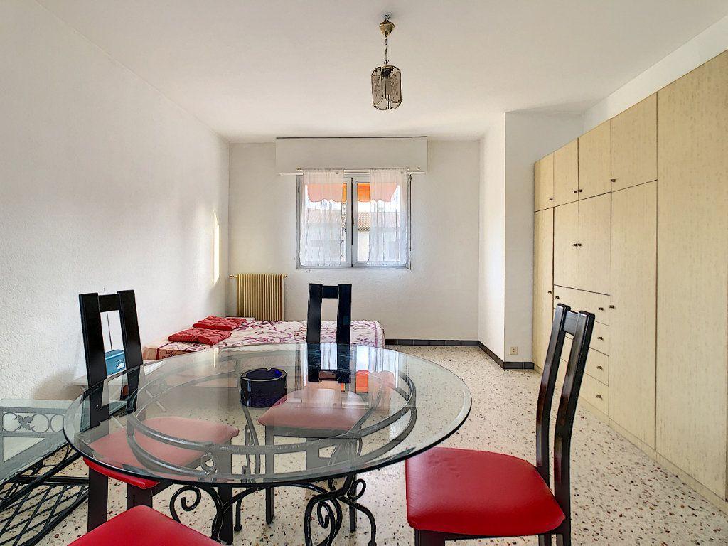 Appartement à louer 1 36.21m2 à Antibes vignette-4