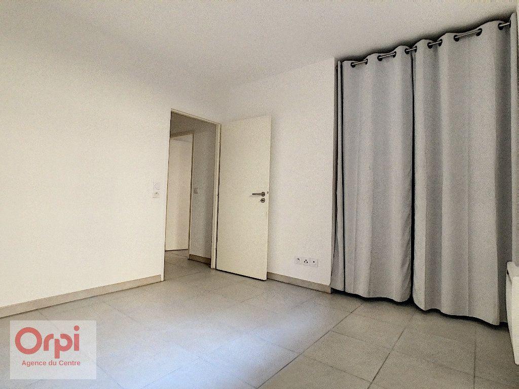 Appartement à louer 2 43.29m2 à Vallauris vignette-6