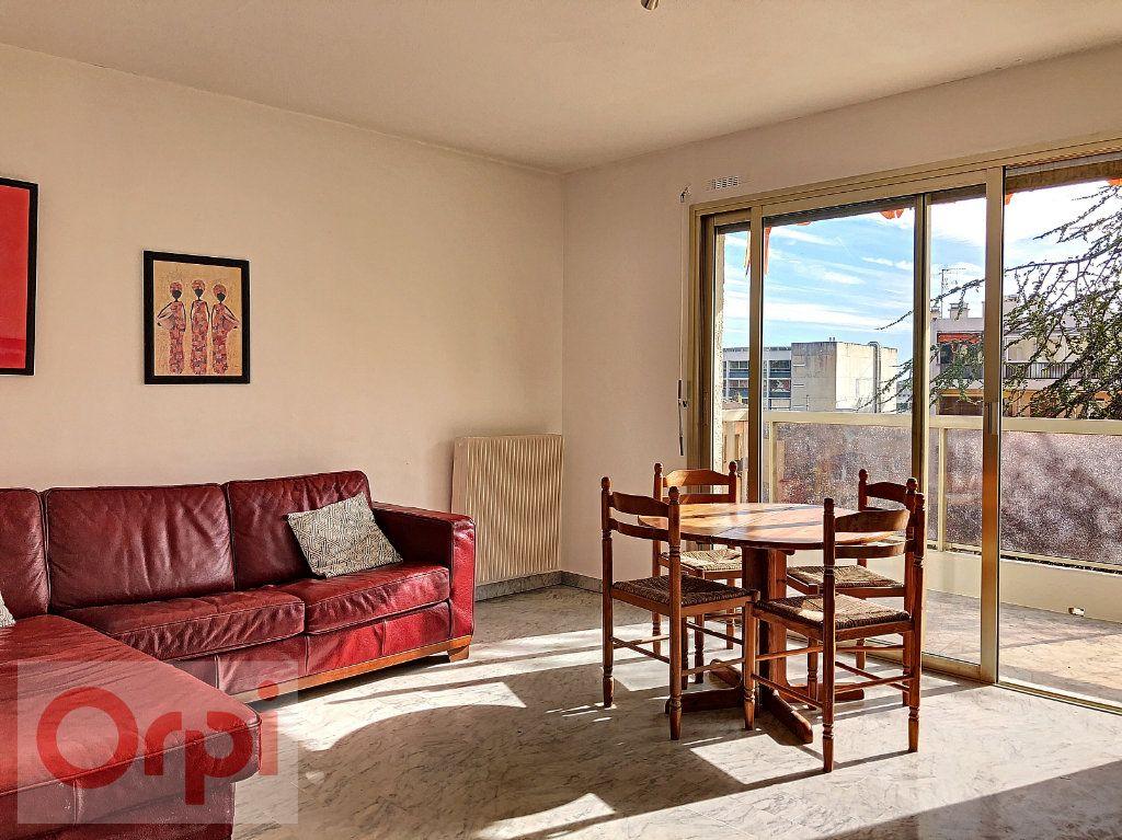 Appartement à vendre 2 44.7m2 à Cannes vignette-2