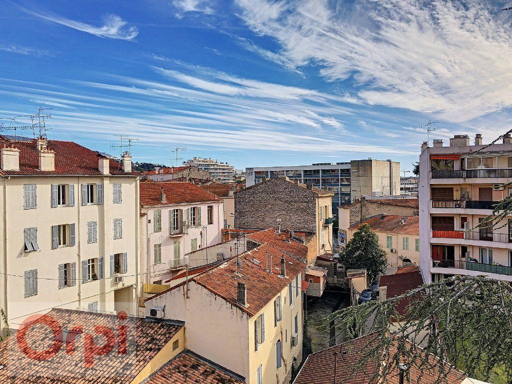 Appartement à vendre 2 44.7m2 à Cannes vignette-4