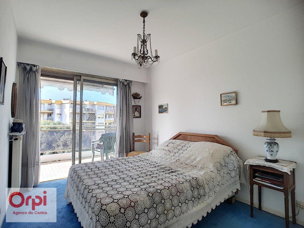 Appartement à vendre 3 78m2 à Juan-les-Pins - Antibes vignette-7