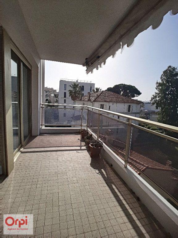 Appartement à vendre 3 78m2 à Juan-les-Pins - Antibes vignette-13