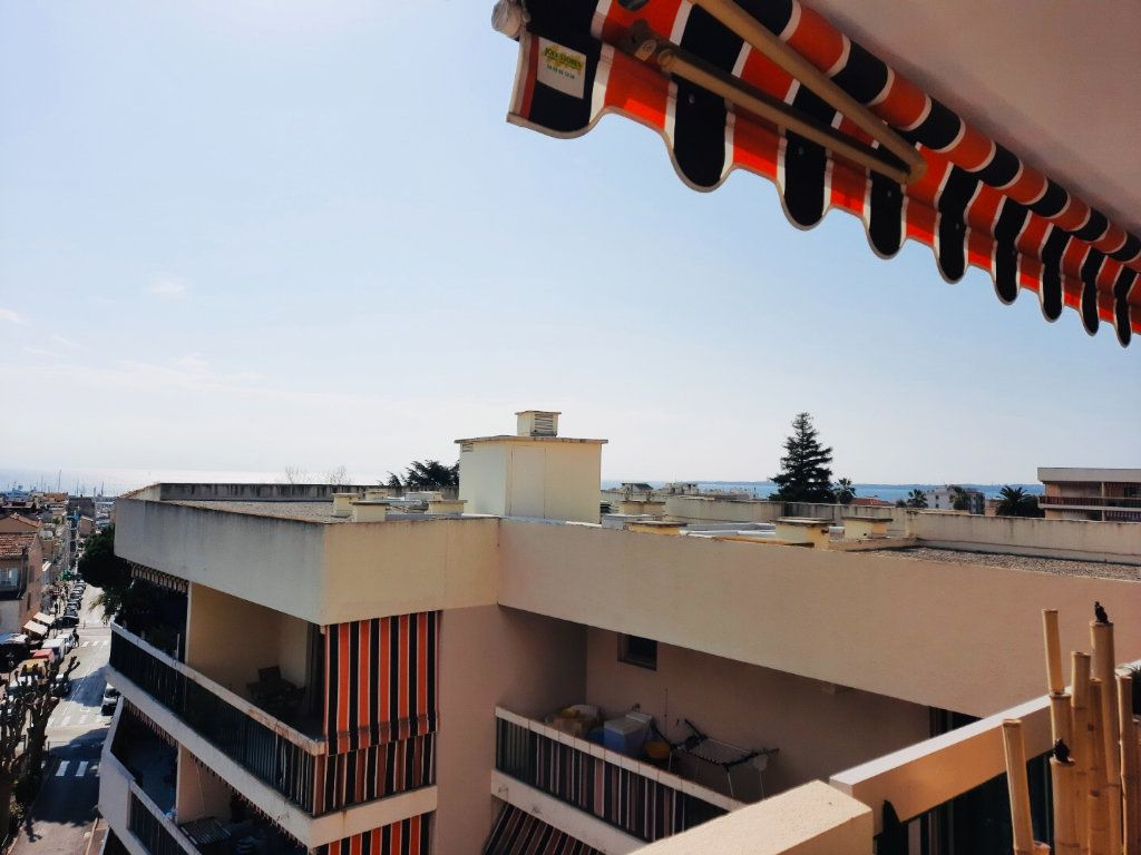 Appartement à vendre 4 75.8m2 à Golfe Juan - Vallauris vignette-7