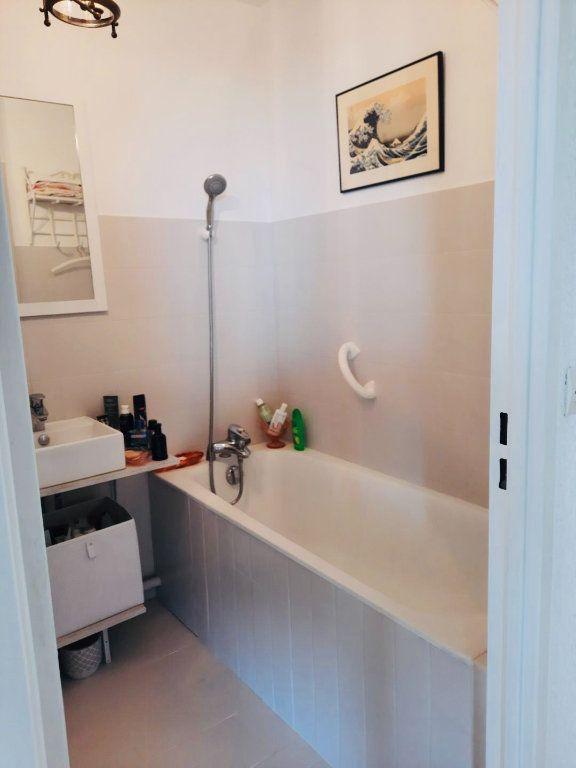 Appartement à vendre 4 75.8m2 à Golfe Juan - Vallauris vignette-8