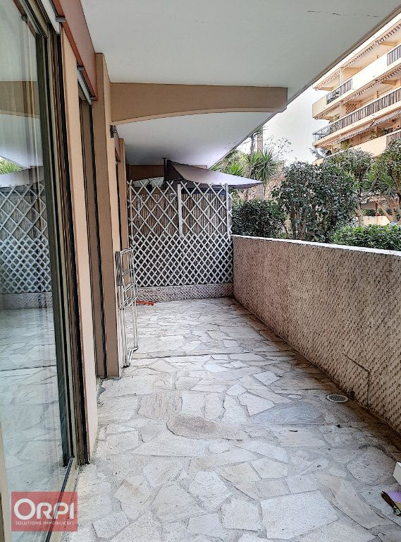 Appartement à vendre 2 50m2 à Golfe Juan - Vallauris vignette-1