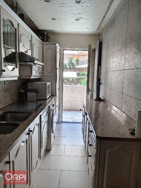 Appartement à vendre 2 50m2 à Golfe Juan - Vallauris vignette-4