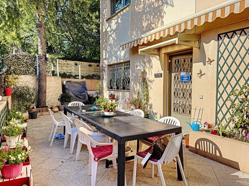 Appartement à vendre 3 90m2 à Golfe Juan - Vallauris vignette-3