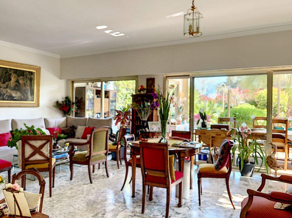 Appartement à vendre 3 90m2 à Golfe Juan - Vallauris vignette-5