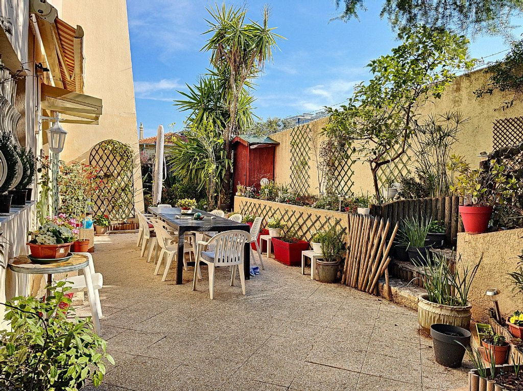 Appartement à vendre 3 90m2 à Golfe Juan - Vallauris vignette-6