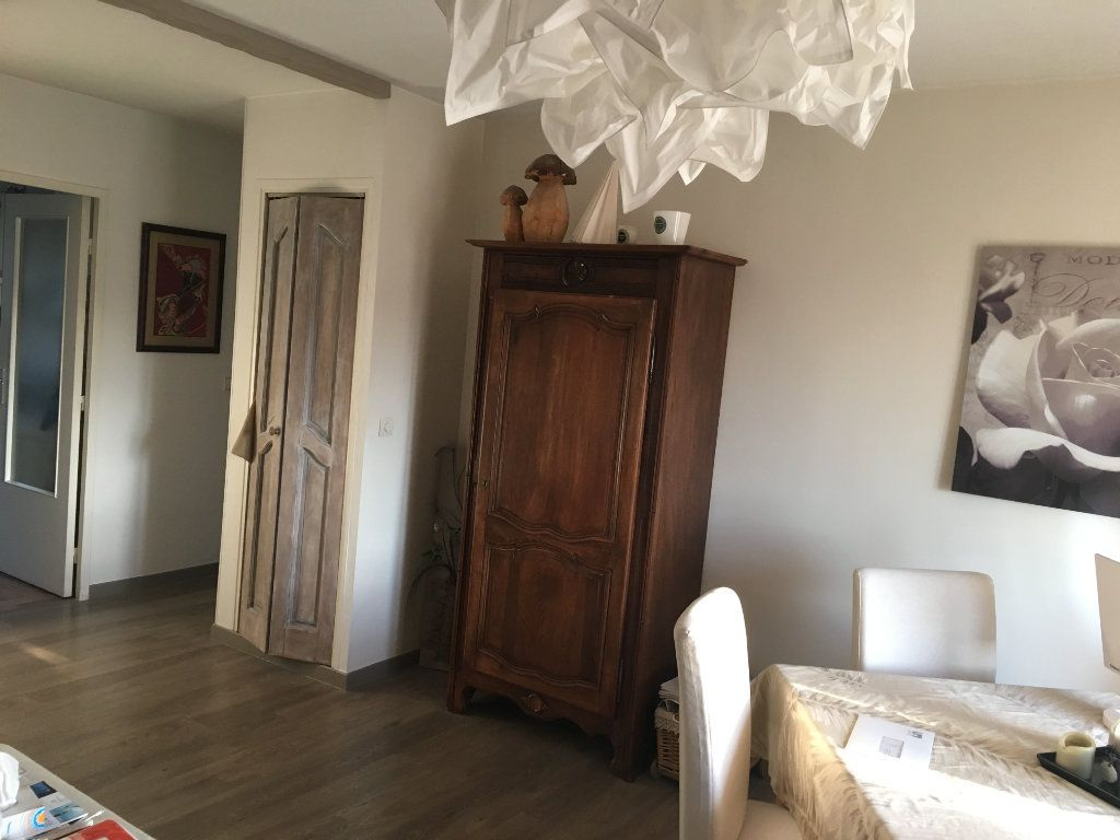 Appartement à vendre 3 67m2 à Grasse vignette-3