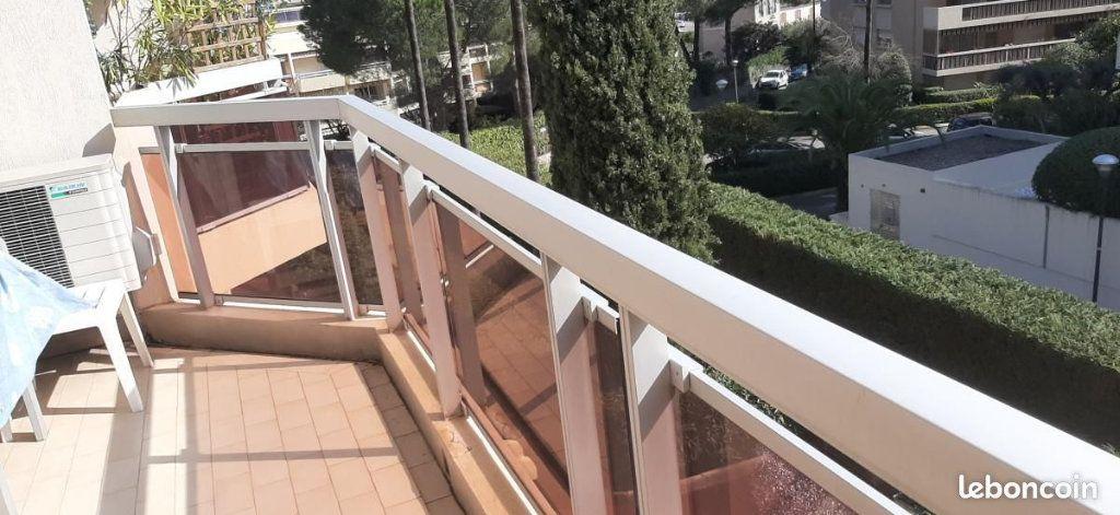 Appartement à vendre 2 30m2 à Golfe Juan - Vallauris vignette-9