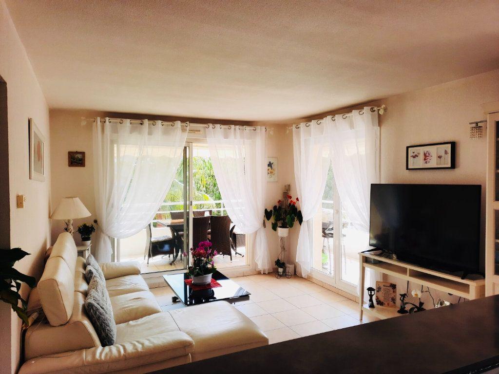 Appartement à vendre 3 53m2 à Golfe Juan - Vallauris vignette-2