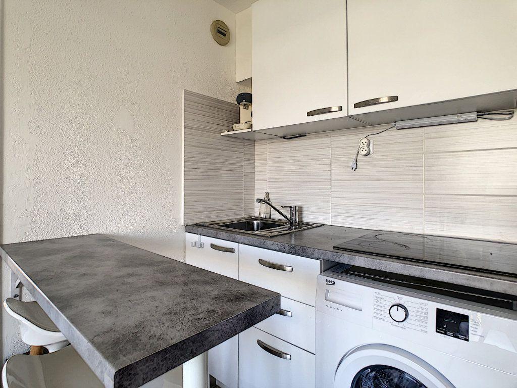 Appartement à louer 2 25.55m2 à Golfe Juan - Vallauris vignette-7