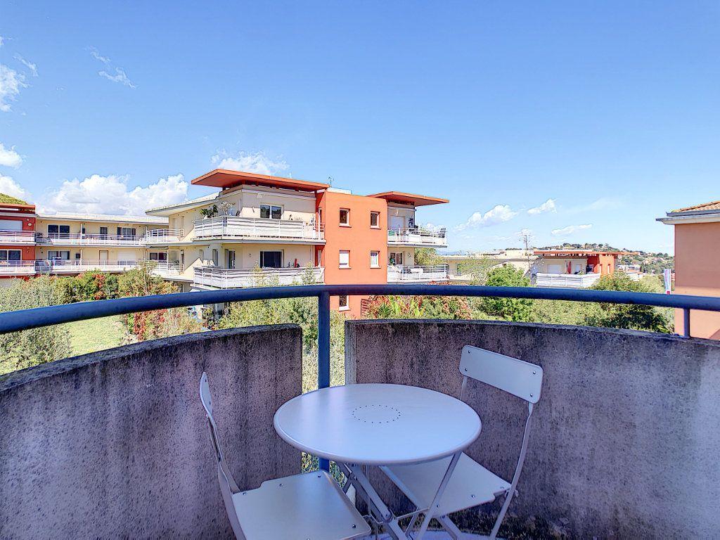 Appartement à louer 2 25.55m2 à Golfe Juan - Vallauris vignette-9