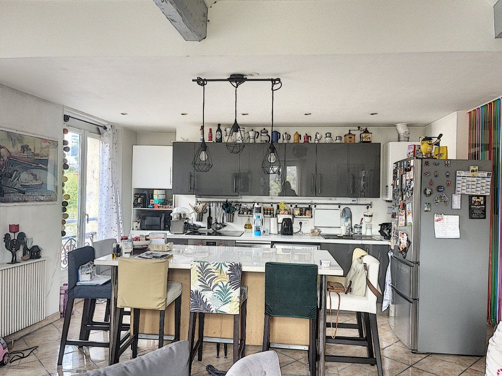 Appartement à vendre 4 84m2 à Vallauris vignette-1