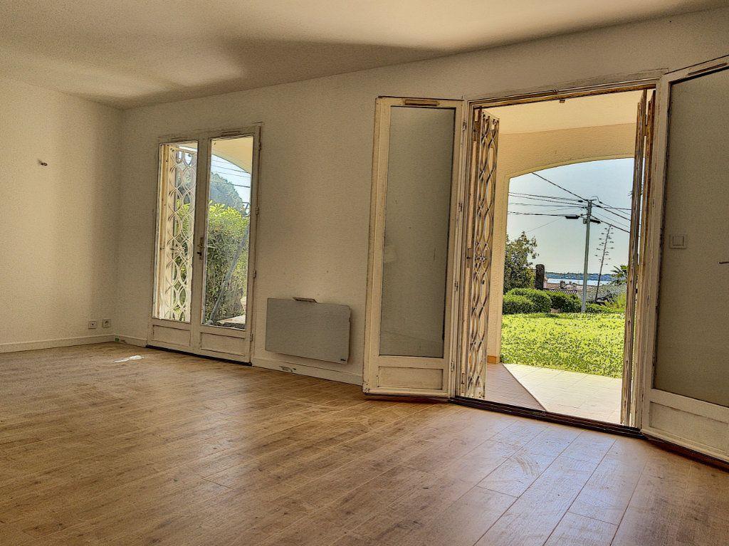 Appartement à vendre 2 46m2 à Golfe Juan - Vallauris vignette-2