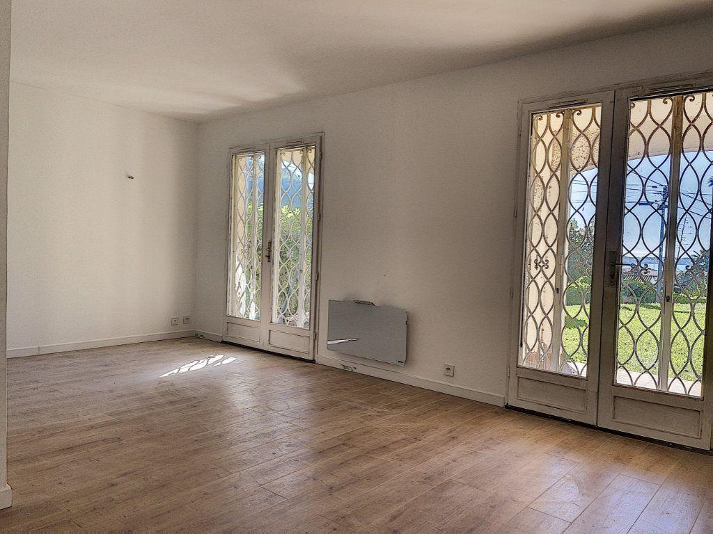 Appartement à vendre 2 46m2 à Golfe Juan - Vallauris vignette-3