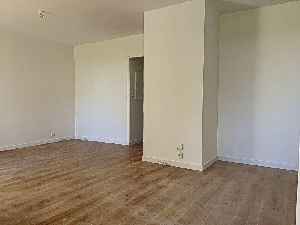 Appartement à vendre 2 46m2 à Golfe Juan - Vallauris vignette-4