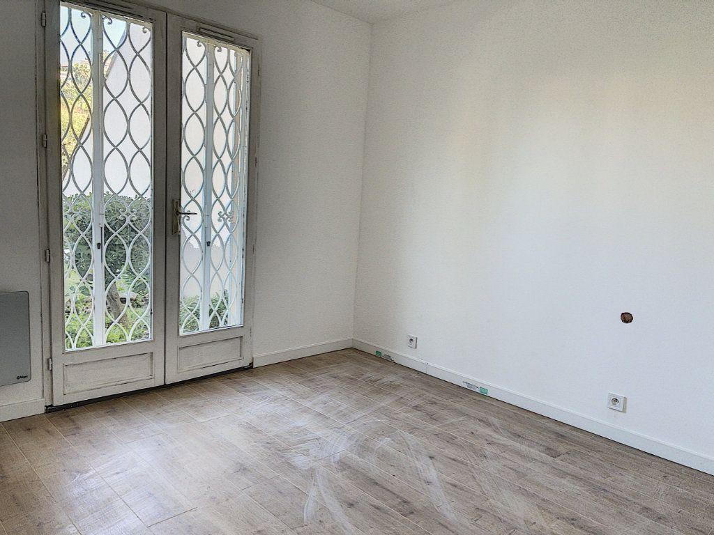 Appartement à vendre 2 46m2 à Golfe Juan - Vallauris vignette-6