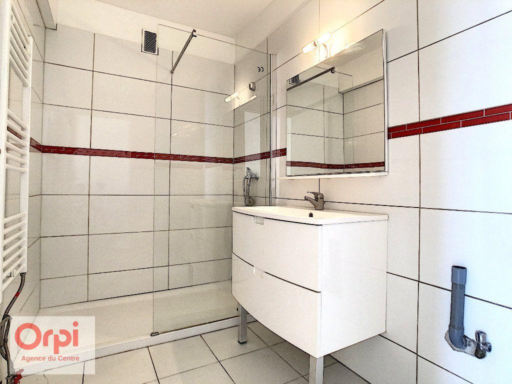 Appartement à louer 3 60.48m2 à Antibes vignette-7