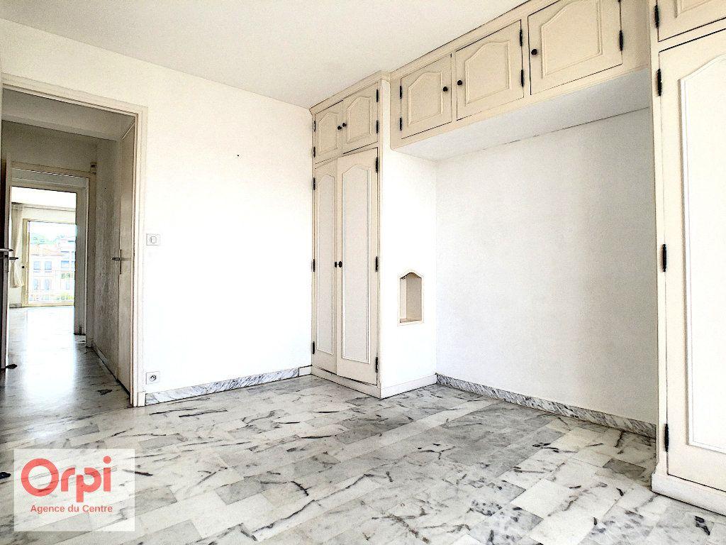 Appartement à louer 3 60.48m2 à Antibes vignette-9