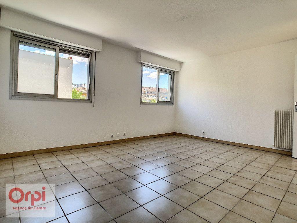 Appartement à louer 1 37.7m2 à Vallauris vignette-1