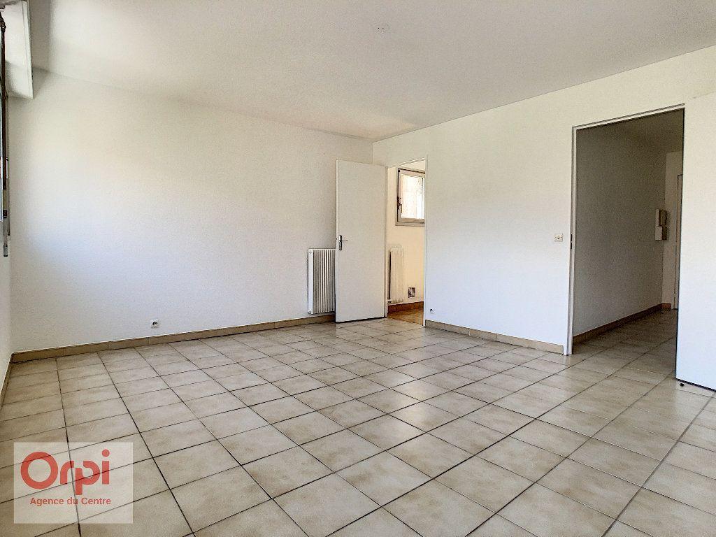 Appartement à louer 1 37.7m2 à Vallauris vignette-2