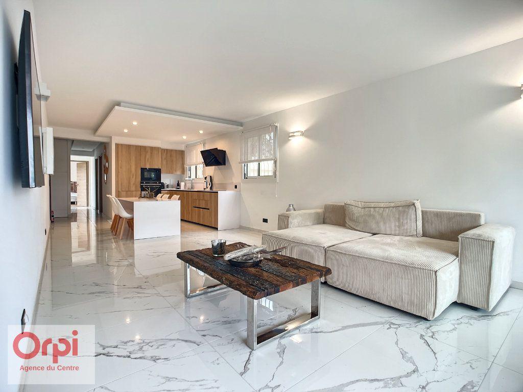 Appartement à vendre 3 77m2 à Golfe Juan - Vallauris vignette-2