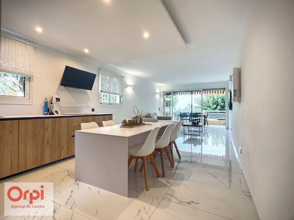 Appartement à vendre 3 77m2 à Golfe Juan - Vallauris vignette-5