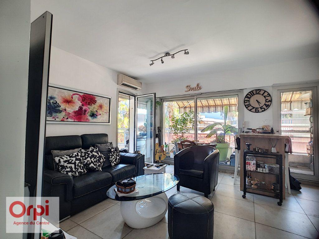 Appartement à vendre 2 37m2 à Golfe Juan - Vallauris vignette-6