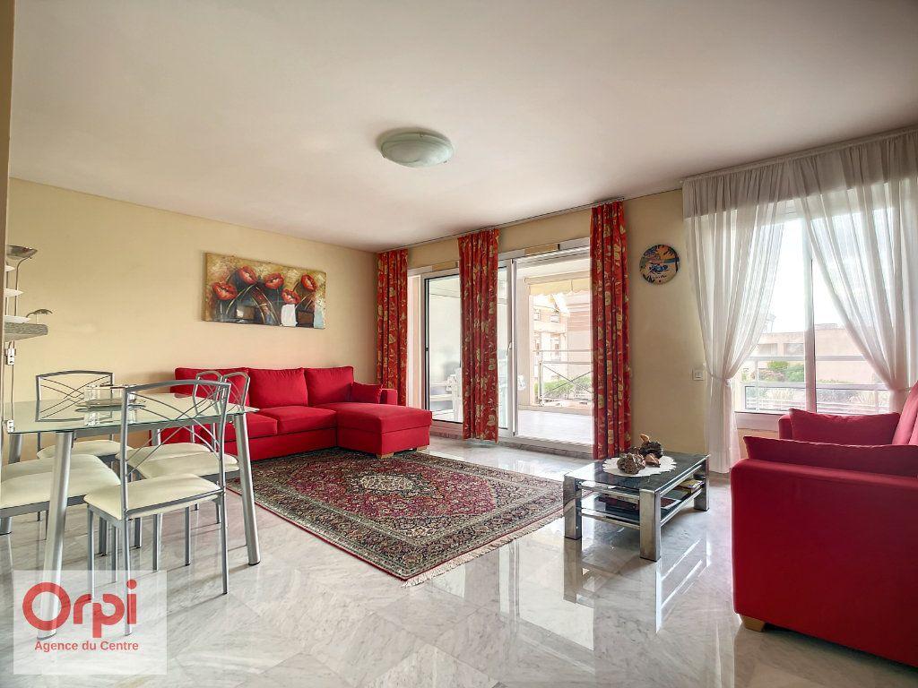 Appartement à vendre 3 70m2 à Golfe Juan - Vallauris vignette-3