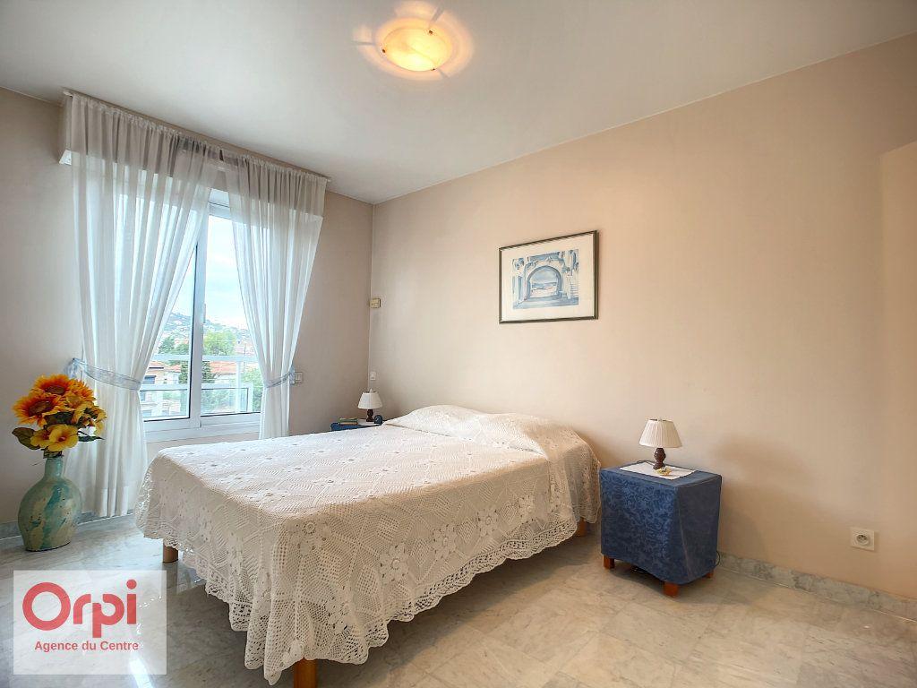 Appartement à vendre 3 70m2 à Golfe Juan - Vallauris vignette-8