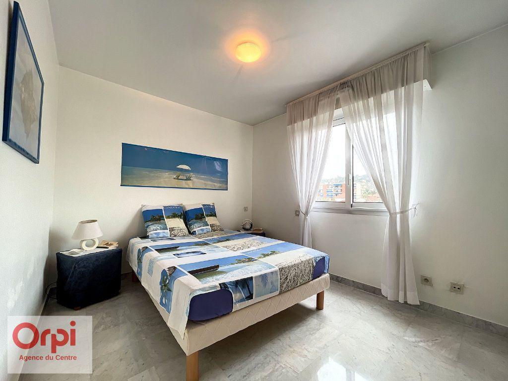 Appartement à vendre 3 70m2 à Golfe Juan - Vallauris vignette-11