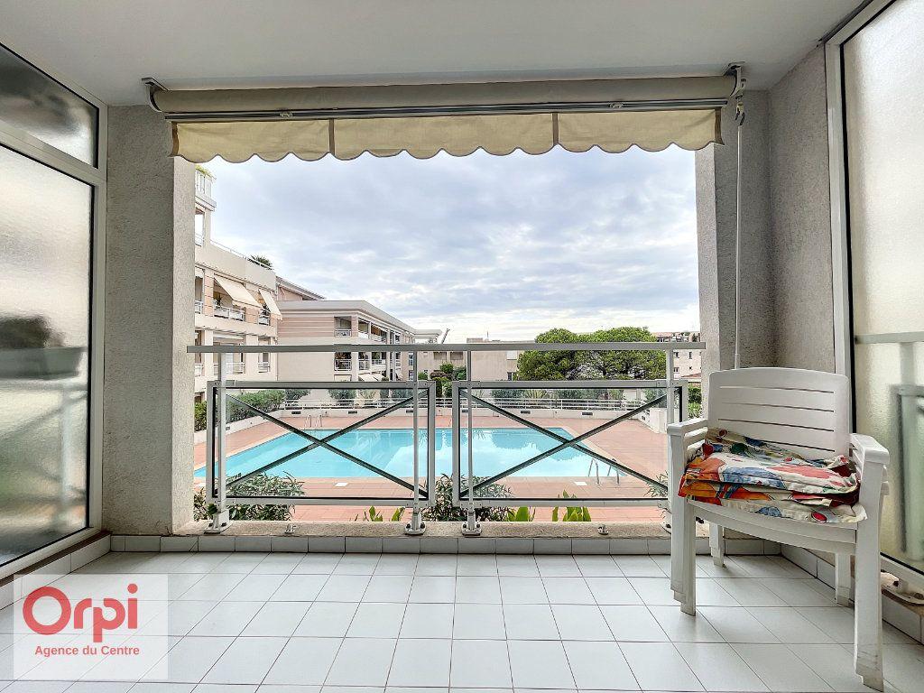 Appartement à vendre 3 70m2 à Golfe Juan - Vallauris vignette-12