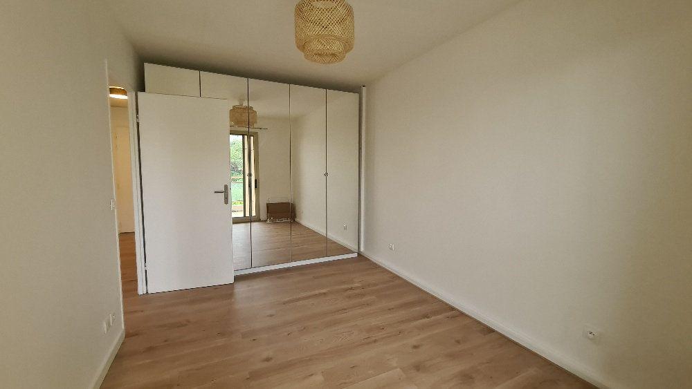 Appartement à louer 2 40.77m2 à Le Cannet vignette-5