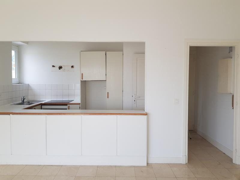 Appartement à louer 1 29.84m2 à Cannes vignette-6
