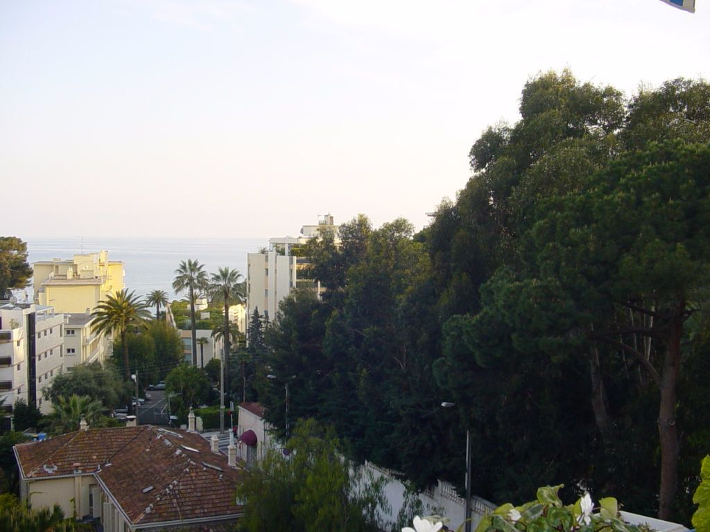 Appartement à louer 4 81.28m2 à Cannes vignette-6