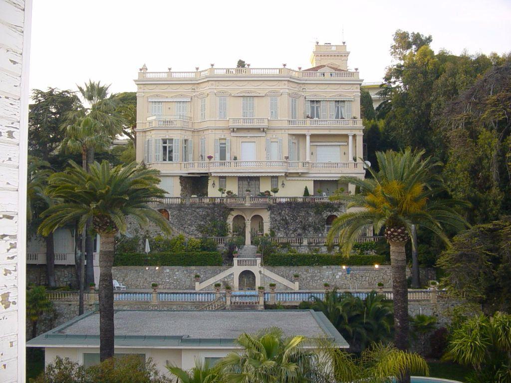 Appartement à louer 4 81.28m2 à Cannes vignette-8