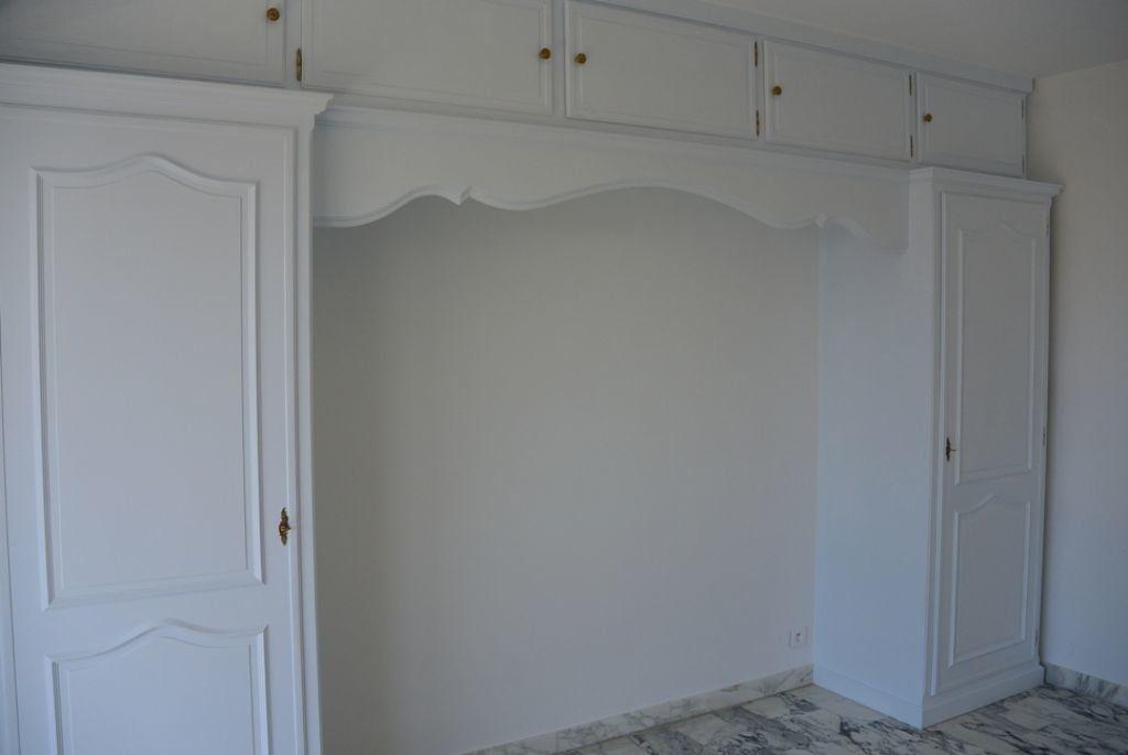 Appartement à louer 3 67.6m2 à Cannes vignette-8