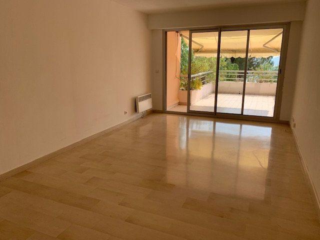 Appartement à louer 2 39.81m2 à Cannes vignette-2