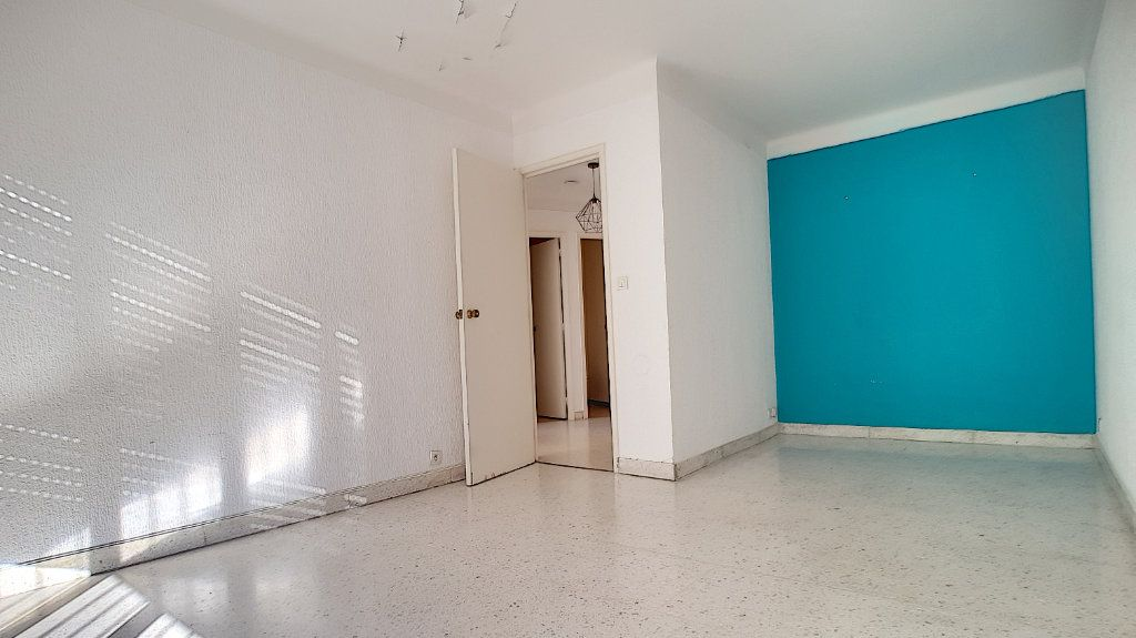 Appartement à louer 2 46.59m2 à Cannes vignette-5