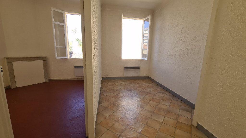 Appartement à louer 2 34.83m2 à Cannes vignette-2