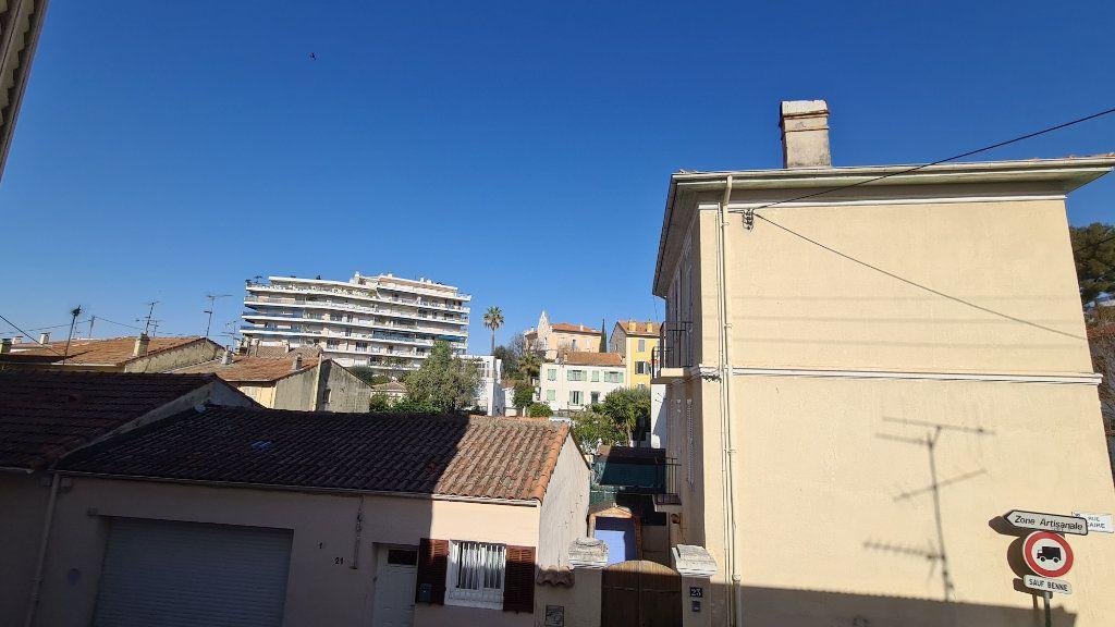Appartement à louer 2 34.83m2 à Cannes vignette-6