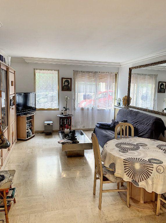 Appartement à vendre 2 52m2 à Cannes vignette-1